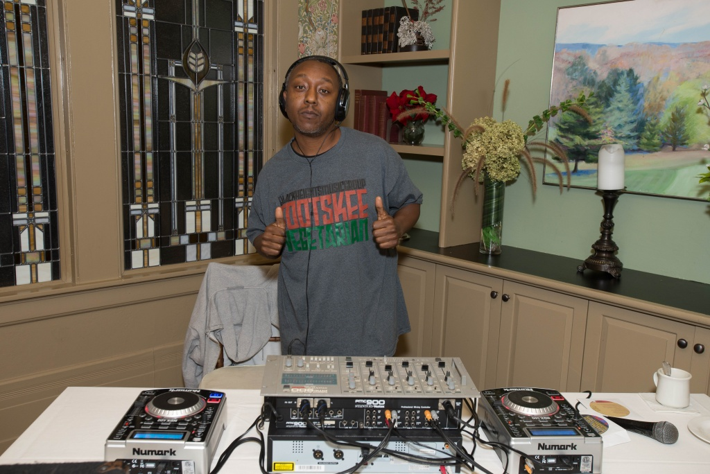 DJ Tootskee